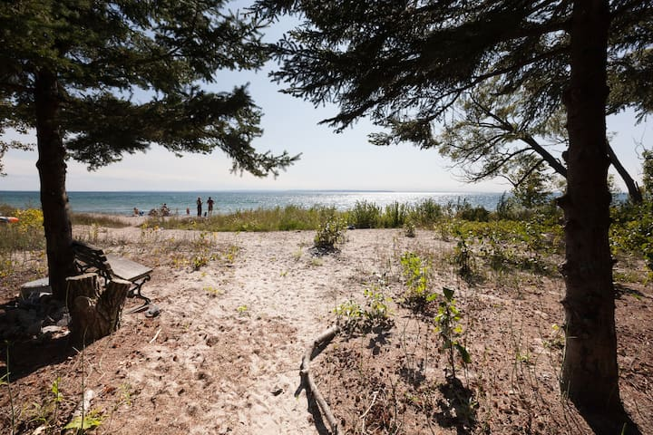 Your Own Private Georgian Bay Beach Front!