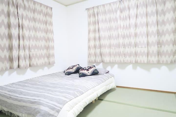 横浜 丘の上の家 101 (KMY1)