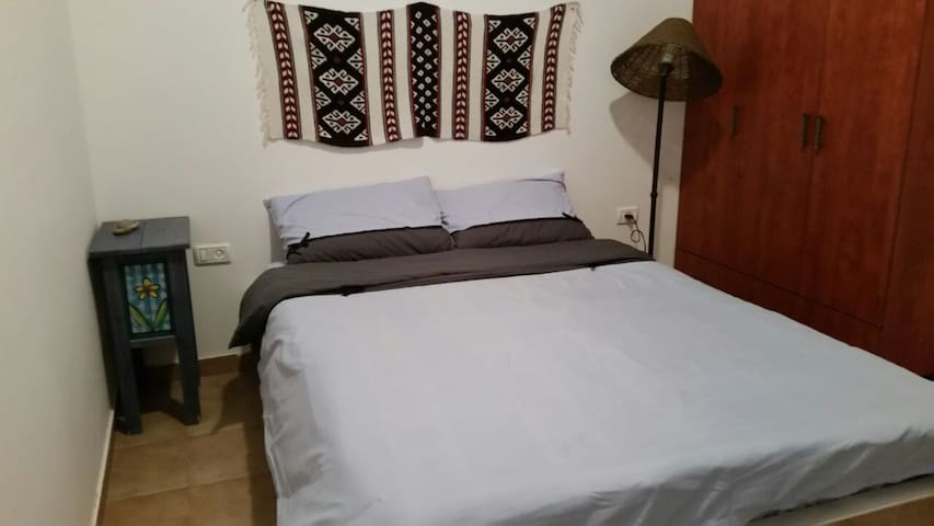 A fully equiped  2 room appartment - Hazeva - Lägenhet