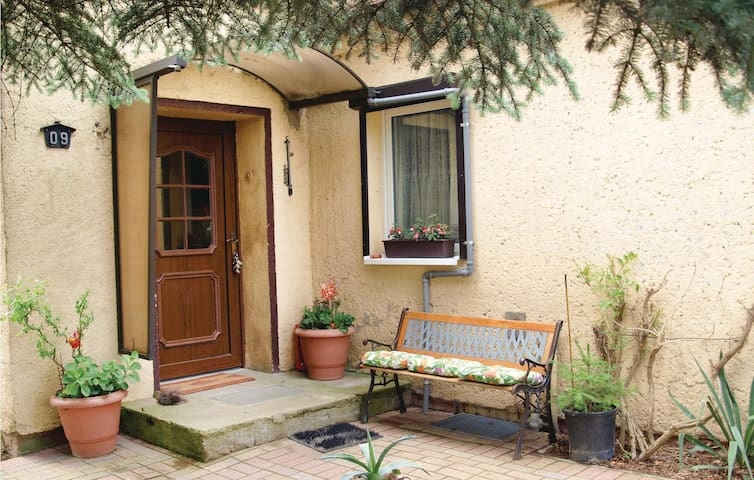 Holiday cottage with 2 bedrooms on 88m² in Bergholz