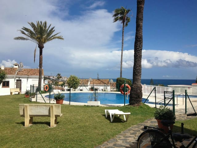 Cosy Apartment ( ASK FOR SPECIAL OFFER IN MAY) - La Cala de Mijas - Huis