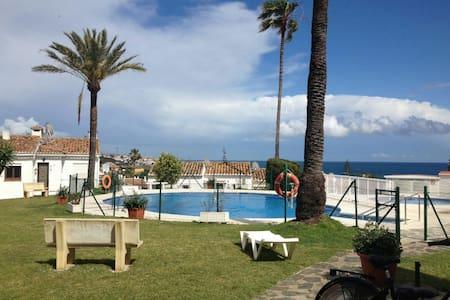 Cosy Apartment ( ASK FOR SPECIAL OFFER IN MAY) - La Cala de Mijas - Haus