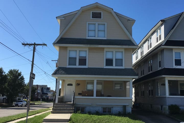 1 block from #1 beach in Central Jersey 10 BR home