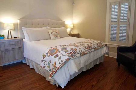 Private guest house in Monte Vista
