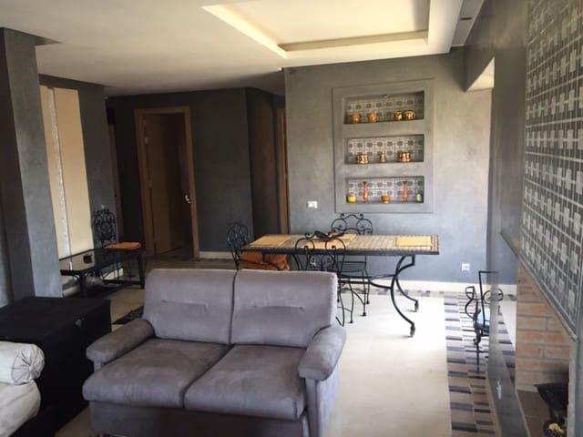 Superbe appartement lumineux avec vue sur golf - Marrakech - Apartmen