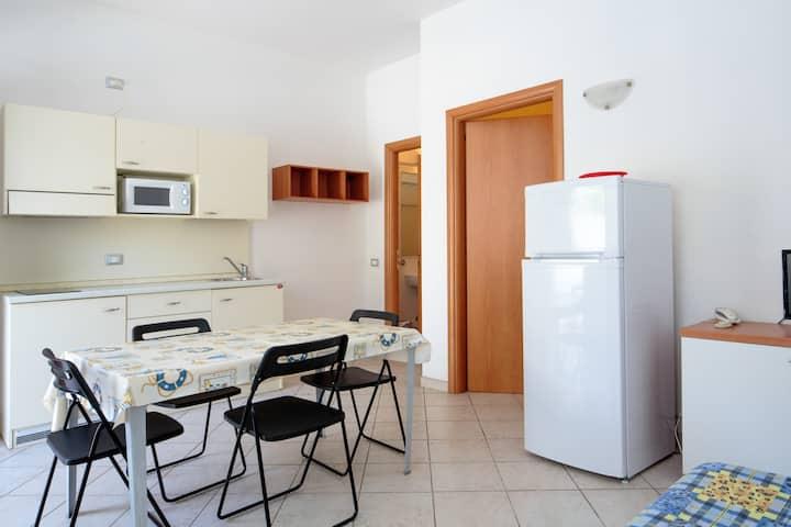 Bilocale con terrazza, Acquamarina Appartamenti
