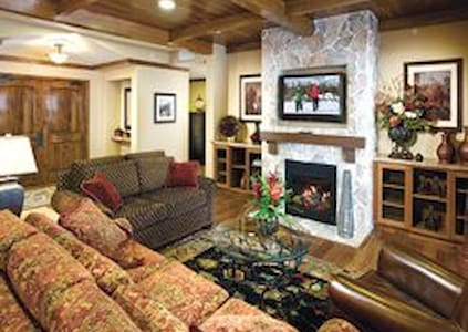 Worldmark West Yellowstone 2BR Condo - West Yellowstone