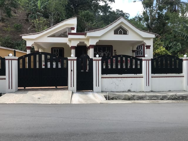 Casa Amueblada + WIFI
