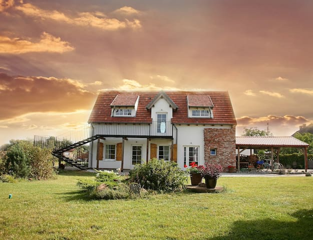 LULIRAJ - The Air room - Maniewo - Bed & Breakfast