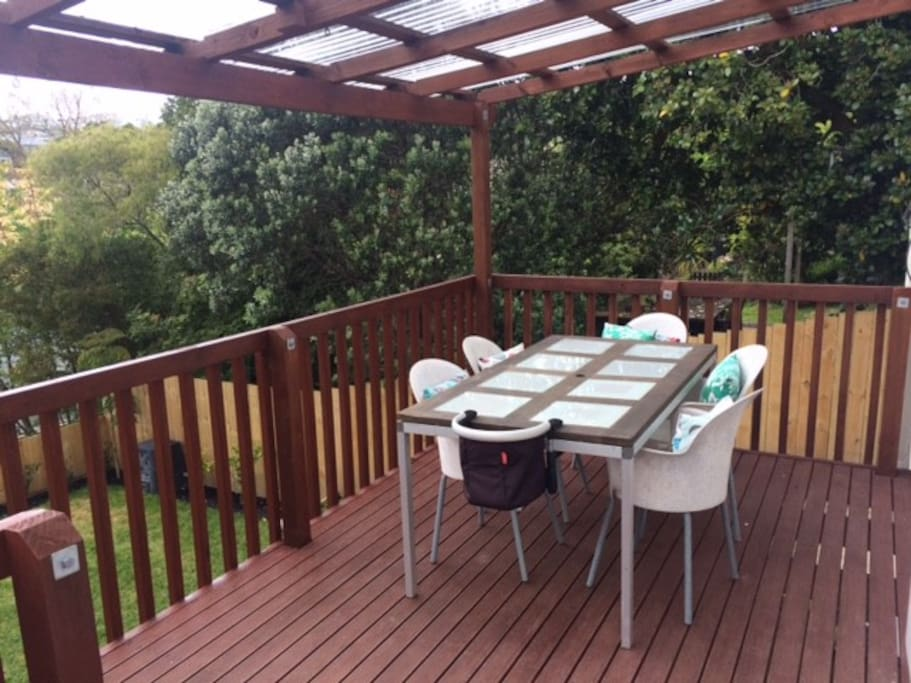 Sun drenched back deck with BBQ & view of Sky Tower