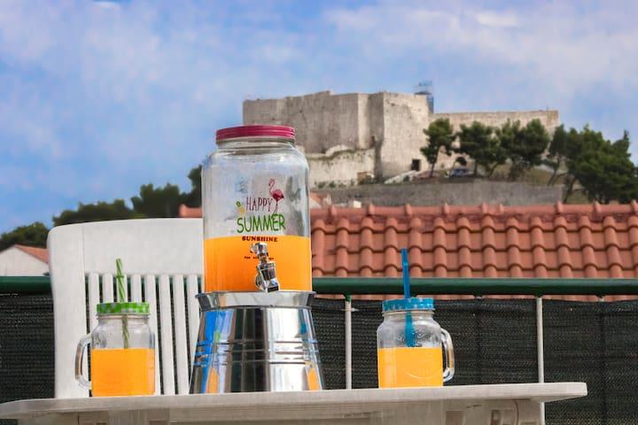 Charming apt Dalmatia near beach and old town