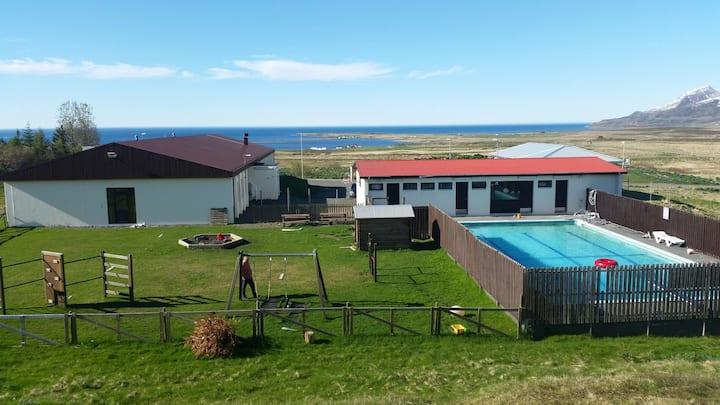 Sólgarðar guesthouse Fljótum f
