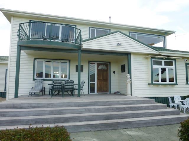 Country Villa, close to Hobbiton