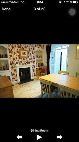 family home close to everything - Redruth - Talo