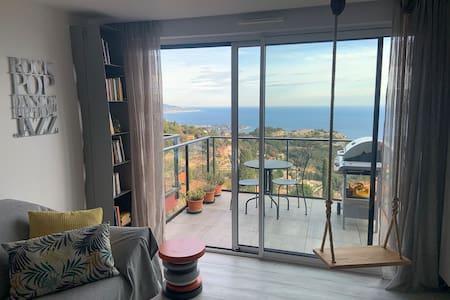 Appartement neuf, vue mer Monaco Italie - piscine