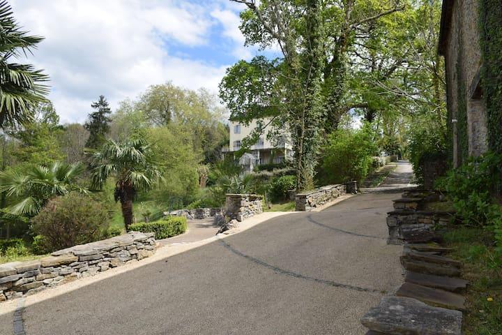 DOMAINE DE LUCAIN - Gan - Villa