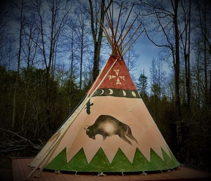 Off-Grid Living In Authentic 18' Tipi!