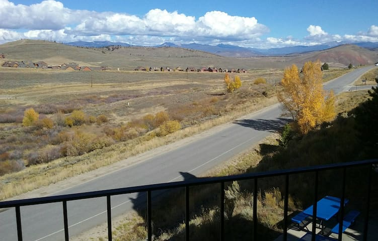 Ski Granby Ranch stay at our Mountainside Condo