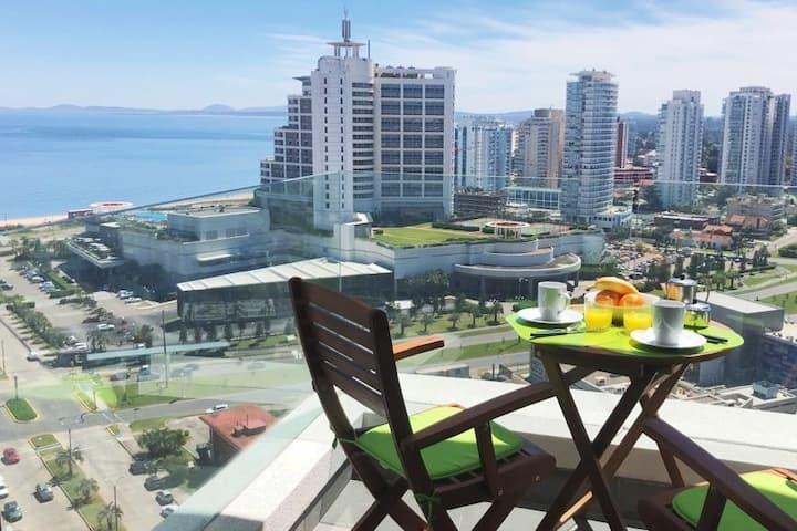 NEW, Modern, Ocean View, Wifi, parking!
