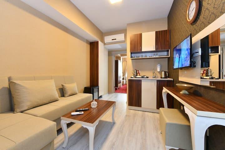 SEAMOON 1 Room , 1 living room