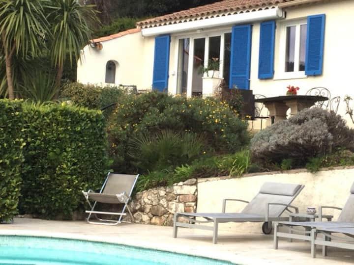 Maison calme, piscine exclusive, plein sud, nature