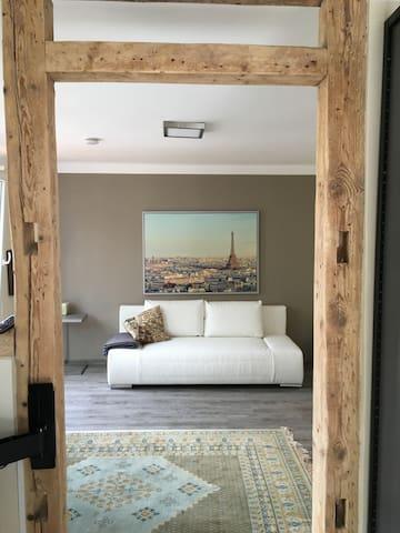 appartement neckarinsel gem tlich und stadtnah. Black Bedroom Furniture Sets. Home Design Ideas