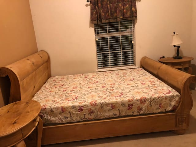 One Private room available in Frisco Texas
