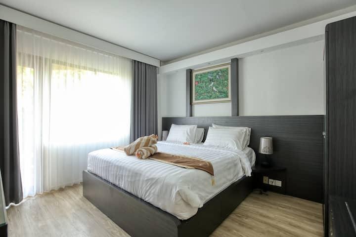 Apartment 6212