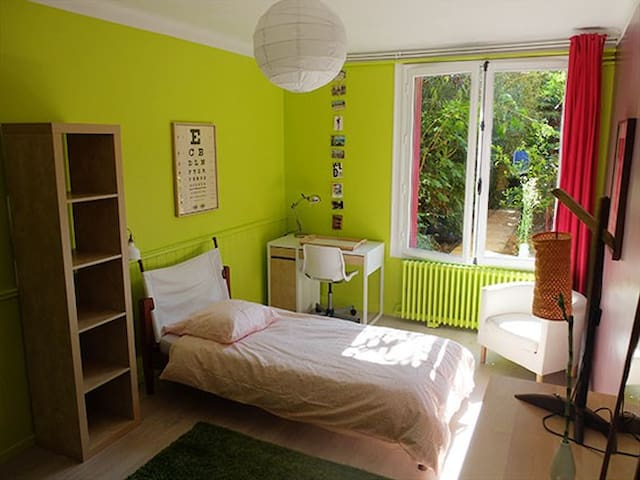 Grande chambre sur jardin - Nantes - Talo