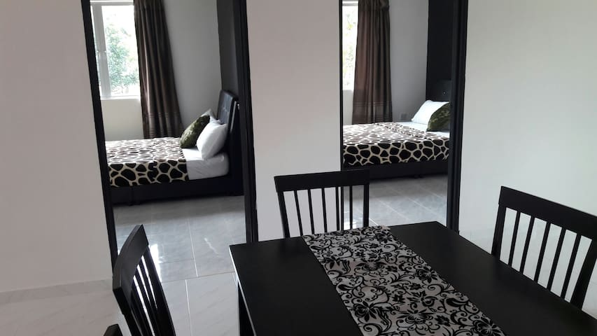 3 Queen Size Bed Private Homestay - Langkawi - House