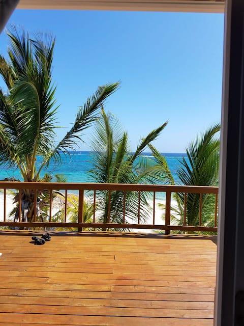 Sandy Shores Beach House  Cat Island, Bahamas