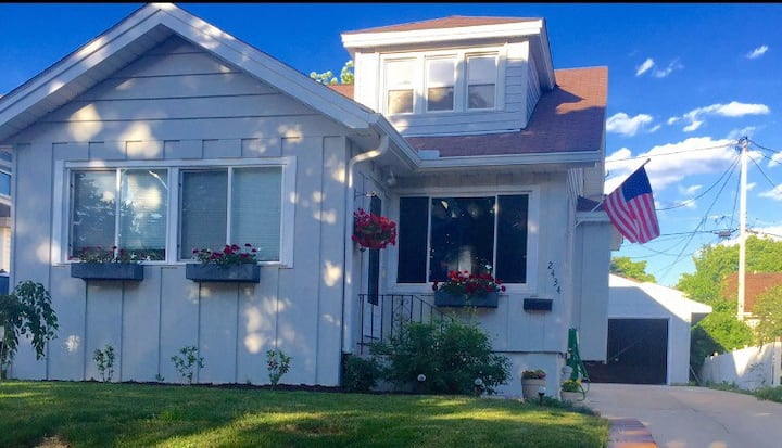 Charming Bungalow and 2-Car Garage - Pets Welcome!