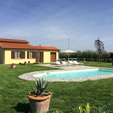 Villa Mira in the heart of the countryside