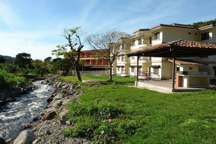 One Bedroom Riverside 103 @ Valle del Rio Condo