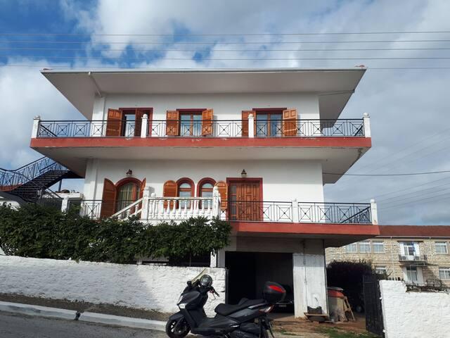 Toma's Villa 1