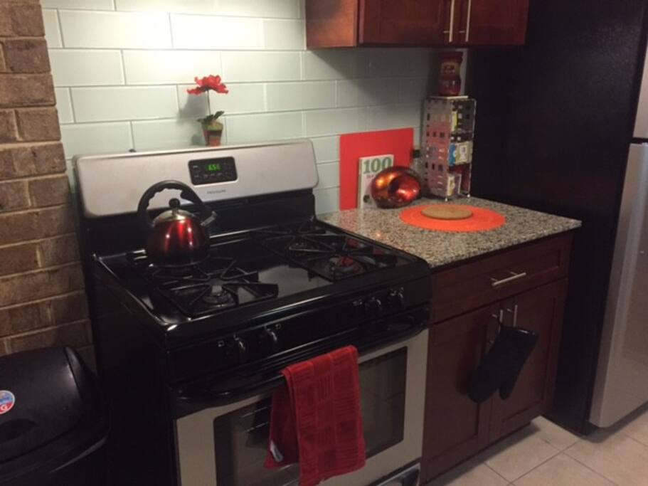 Renovated Kitchen/Gas Stove