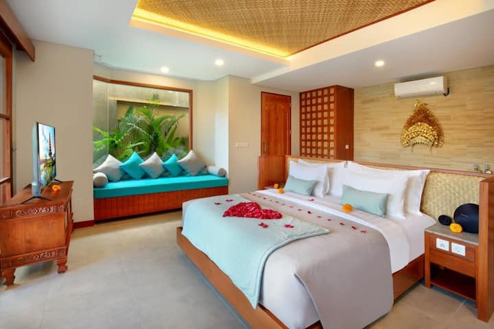 AFFORDABLE! Romantic Suite Room at Ubud
