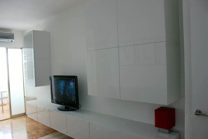 Beautiful apartment in Castellana - Bernabeu - Madrid