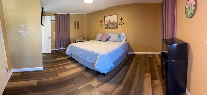 Motel at KY Lake. The Lavender Room.