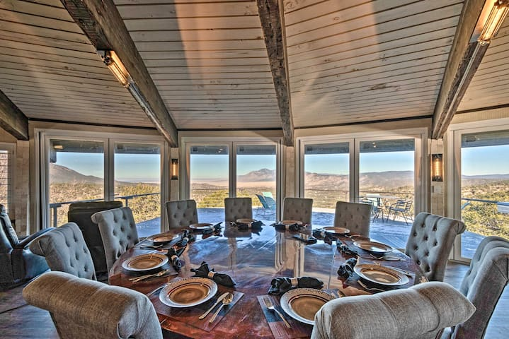 NEW! Luxury Sierra Blanca Mtn Retreat, By Ruidoso!