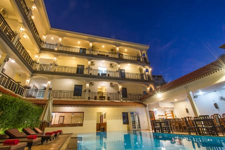 New@ The Amra Hotel+Double Room+BF+Pick UP+WiFi - Krong Siem Reap