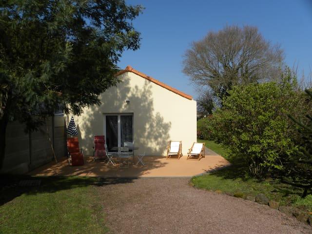 Maison de vacances de bord de mer - La Bernerie-en-Retz - House