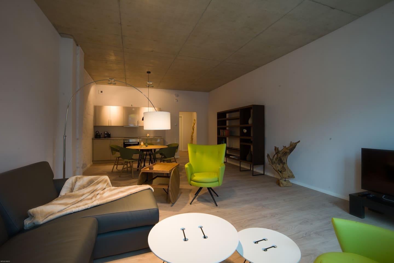 Wohnbereich, mit italienischen Designer Möbel, viel Platz zum Wohlfühlen