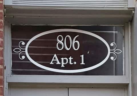 806 Apt 1.