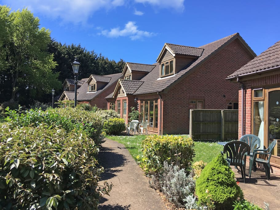 Modern 3 bed cottages in a beautiful parkland setting