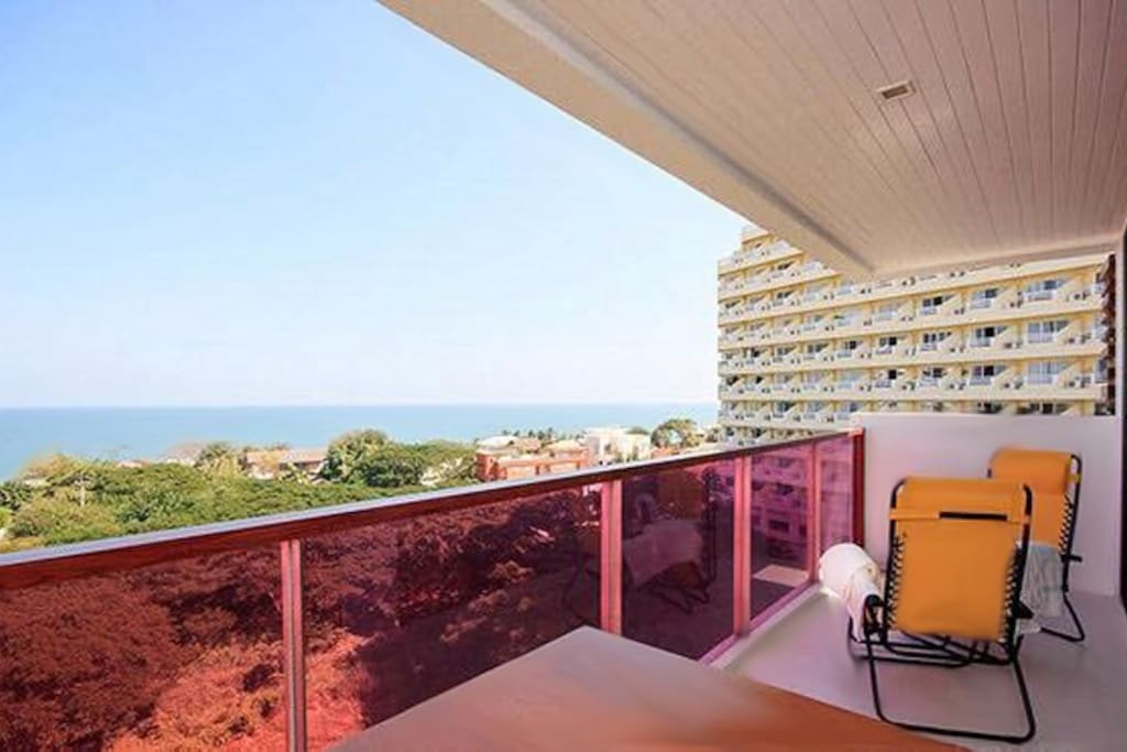 The balcony is 6 meters long where you can enjoy the sea view