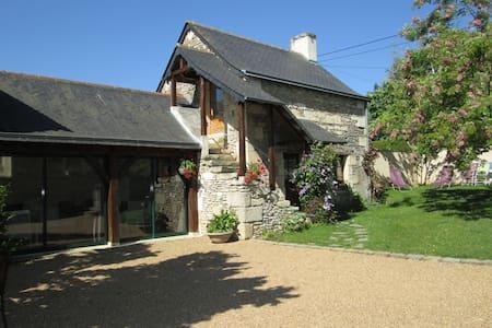 Chambre studio indépendante - Doué-la-Fontaine