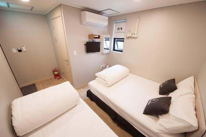 K-Guesthouse Myeongdong 4 (Triple Room)