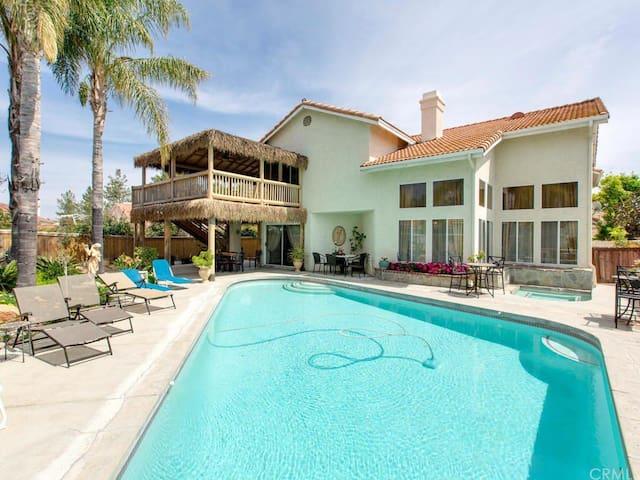 "Honeymoon suite near wineries ""Seagull Room"""