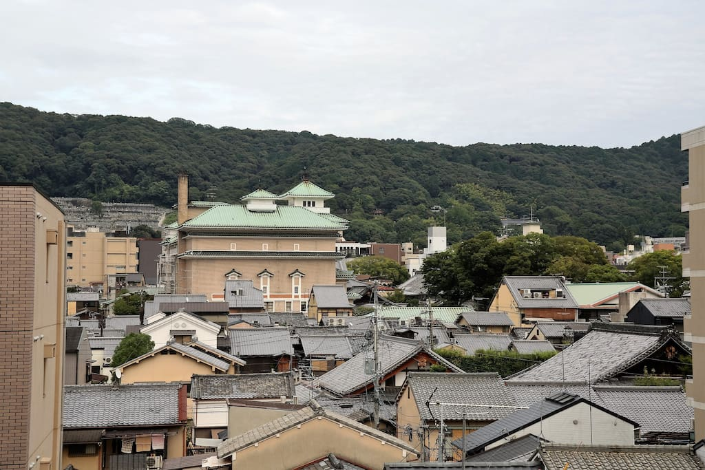 You could see old Kyoto town  and Higashiyama mountains toward East from balcony.
